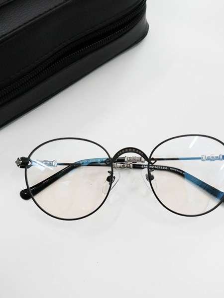 ​​​​Chrome black eyeglasses